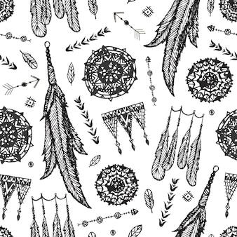 Patrón transparente de vector boho. atrapasueños dibujados a mano, plumas de pájaro, fondo de flechas. en blanco y negro