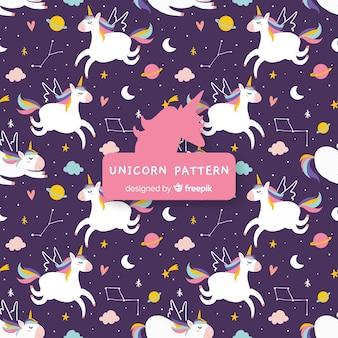 Patrón unicornios dibujado a mano