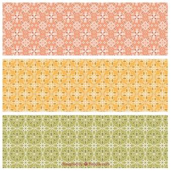 Patrones geométricos en colores terracota