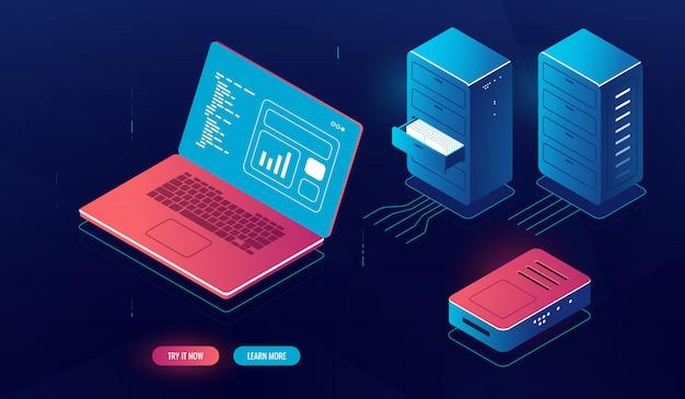 Pc portátil con procesamiento de datos en pantalla, computación en la nube, elemento de sala de servidor isométrico