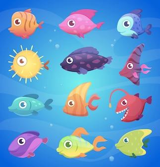 Peces coloridos dibujos animados. divertidos animales submarinos con grandes ojos ilustraciones de vectores de vida marina y marina