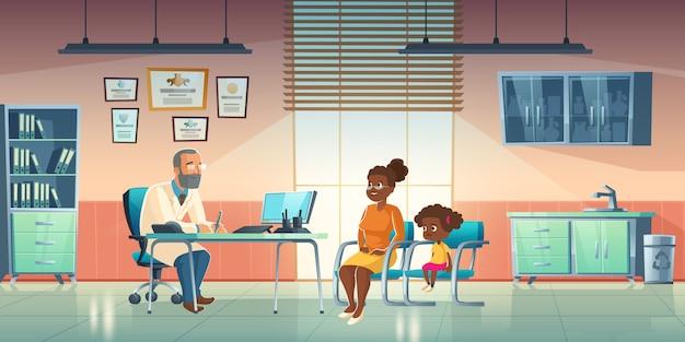 Pediatra y mujer con niña en consultorio médico