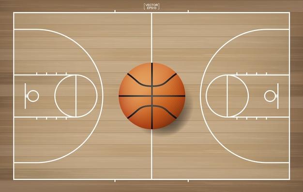 Pelota de baloncesto en el área de la cancha de baloncesto