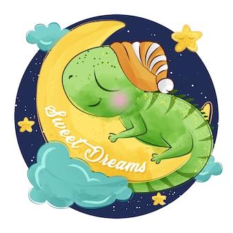 Pequeña iguana linda que duerme en la luna