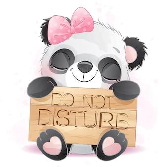 Pequeño panda lindo que sostiene un letrero