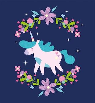 Pequeño unicornio con flores