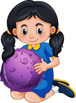 Personaje de dibujos animados de niña feliz sosteniendo un modelo de planeta