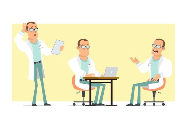 Personaje de dibujos animados plano divertido médico fuerte hombre en uniforme blanco y gafas. niño leyendo nota y trabajando en equipo portátil. listo para la animación. aislado sobre fondo amarillo. conjunto.