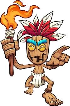 Personaje de madera tiki sosteniendo una antorcha
