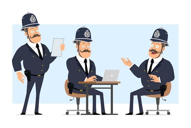 Personaje de policía gordo británico plano divertido de dibujos animados en casco y uniforme. niño leyendo nota y trabajando en equipo portátil.