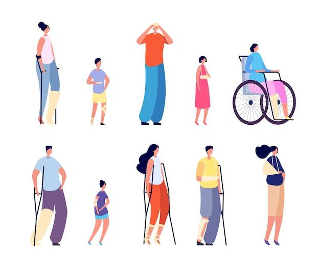 Personajes de lesiones. pacientes hospitalarios, traumatismos en piernas, manos, cabeza o huesos rotos. recuperación de mujer joven, personas aisladas con conjunto de vectores de muleta. ilustración rehabilitación y recuperación