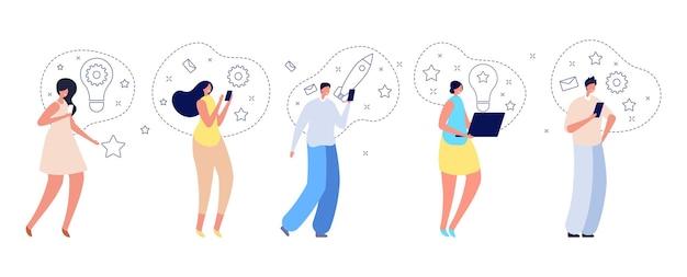 Personajes de personas creativas. hombre mujer sosteniendo gadgets, pensando en nuevas ideas. creadores y emprendedores, adultos aislados lanzan proyectos de ilustración vectorial. equipo de trabajo conjunto de hombre y mujer