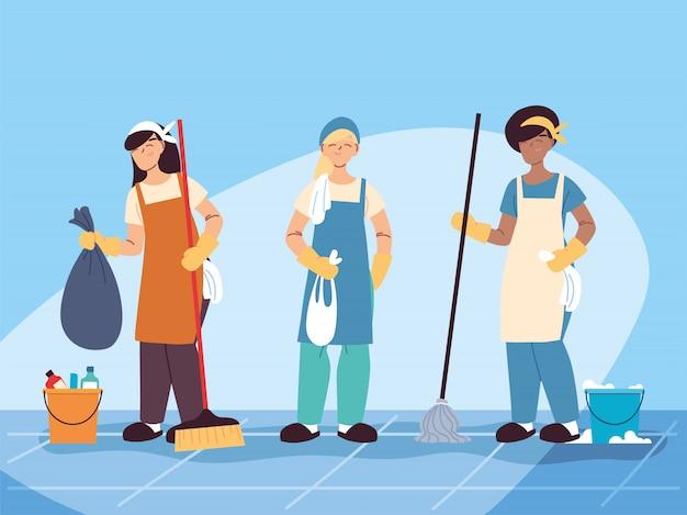El personal de higiene trabaja en equipo, servicio de limpieza de conserjes