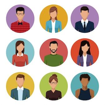 Personas alrededor de los iconos dibujos animados de joven pareja
