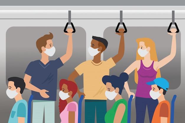 Las personas en el autobús transportan con máscara y sin contacto