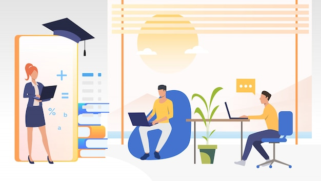 Las personas que estudian en la escuela en línea en la oficina o en casa
