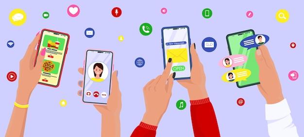 Personas con smartphone usando diferentes aplicaciones.
