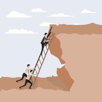 Personas tratando de subir escaleras a la cima