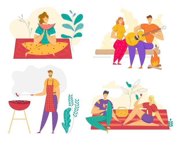 Picnic al aire libre de vacaciones de verano con barbacoa. hombre cocinando carne a la parrilla. feliz pareja comiendo en el camping. personajes de barbacoa en el parque.