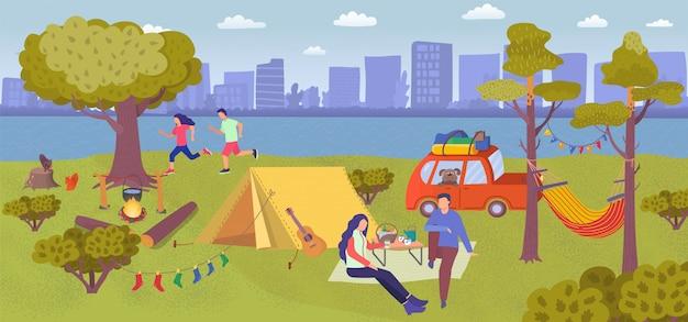 Picnic de campamento en el bosque de verano, gente de dibujos animados comiendo comida cerca del campamento turístico con carpa, personajes corriendo en el parque