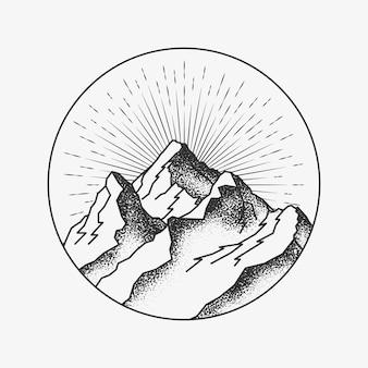 Pico de las montañas alrededor de un logotipo en un círculo o una insignia o una etiqueta engomada del tatuaje dotwork para el cartel de las montañas o la publicación o el volante.