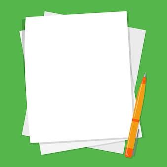 Pila de lápiz y hoja de papel blanco en blanco
