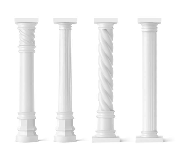 Pilares antiguos aislados en blanco