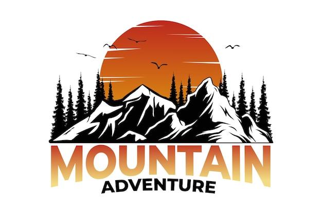 Pino de montaña aventura puesta de sol estilo vintage