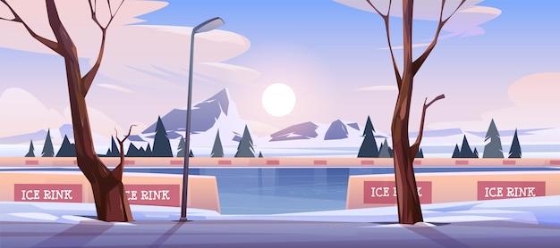 Pista de hielo vacía en el paisaje de montaña de invierno