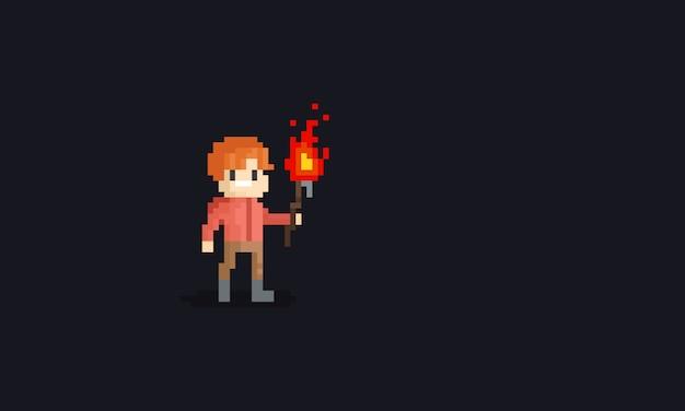Pixel hombre sosteniendo un carácter de antorcha.