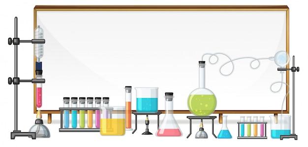 Pizarra y equipo de laboratorio