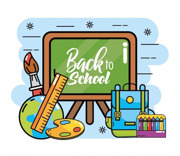Pizarra con mochila y lápices de colores para el colegio.