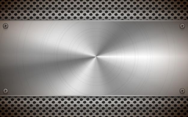Placa en blanco de metal pulido sobre rejilla metálica gris brillante, fondo industrial