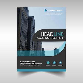 Plantilla azul claro abstracta de reporte anual corporativo