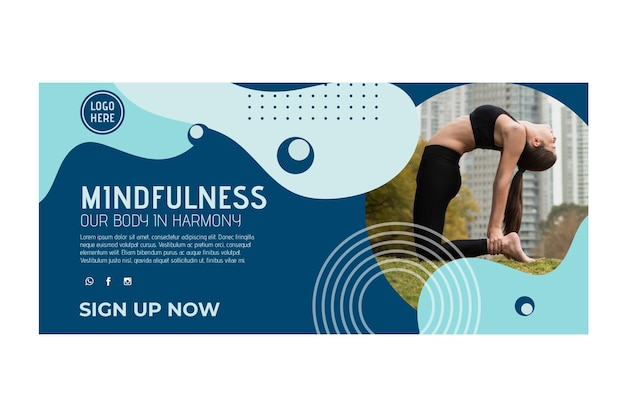Plantilla de banner horizontal de clase de yoga con foto