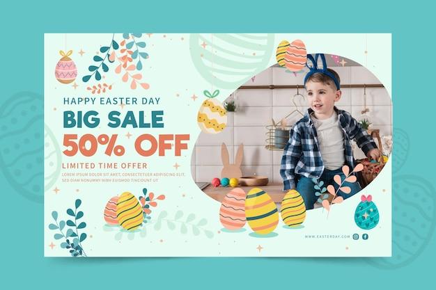 Plantilla de banner horizontal para pascua con niño y huevos