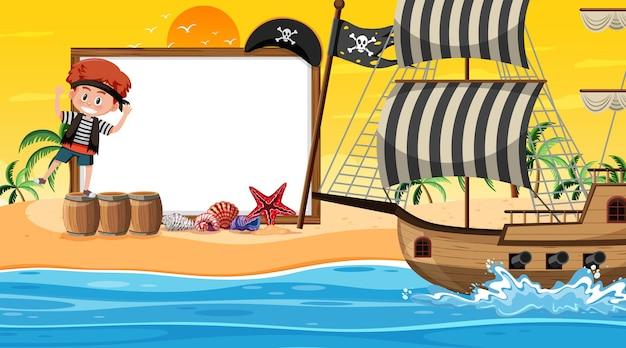 Plantilla de banner vacío con niños piratas en la escena del atardecer en la playa