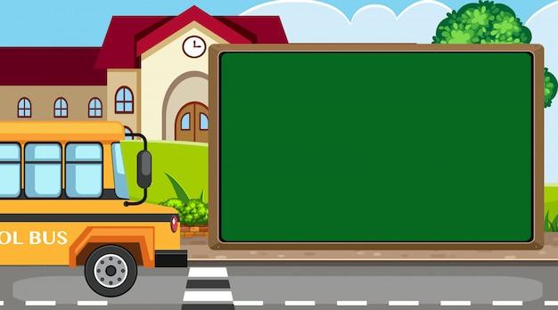 Plantilla de borde con autobús escolar y escuela