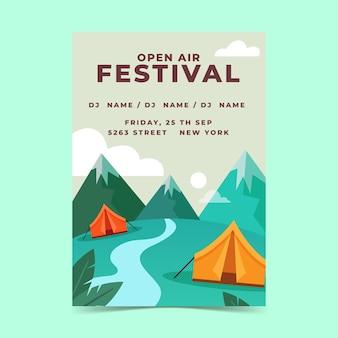 Plantilla de cartel de festival de música al aire libre con montañas
