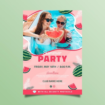 Plantilla de cartel de fiesta de verano vertical plana con foto