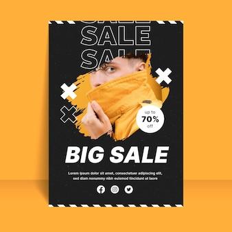 Plantilla de cartel de venta plano vertical con foto