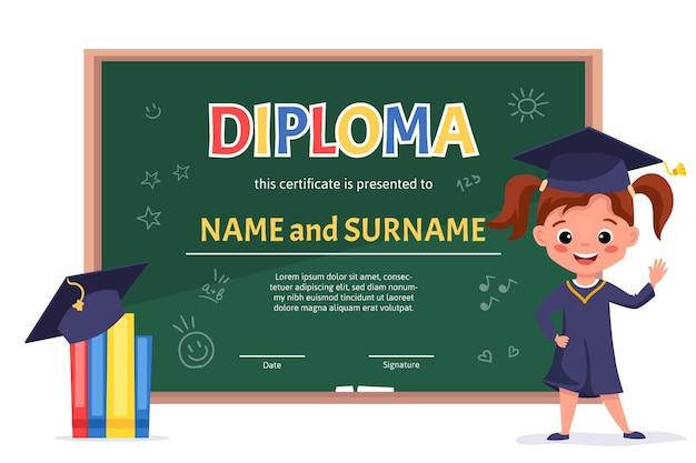 Plantilla de certificado de diploma de niño de escuela con una linda chica en vestido y gorra con pizarra verde y elementos escolares de doodle dibujados a mano.