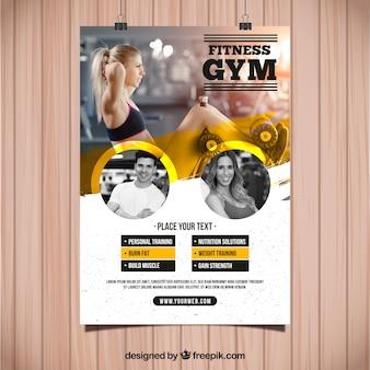 Plantilla de flyer amarillo y blanco de gimnasio