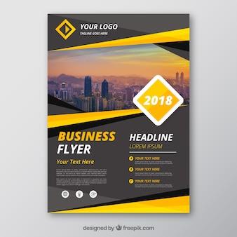 Plantilla de flyer de negocios gris y amarillo