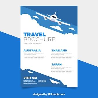 Plantilla de flyer de viaje con diseño plano
