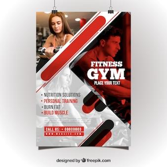 Plantilla de flyer rojo y blanco de gimnasio