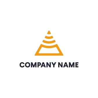 Plantilla de logotipo triángulo abstracto