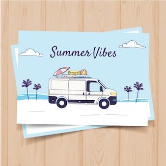 Plantilla de postal de verano dibujada a mano con bus retro