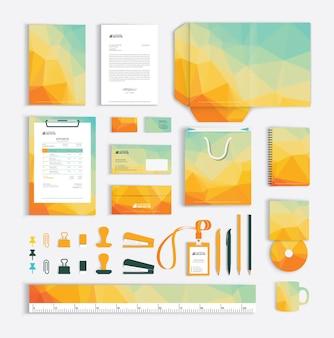 Plantilla de diseño de identidad corporativa con patrón de triángulo