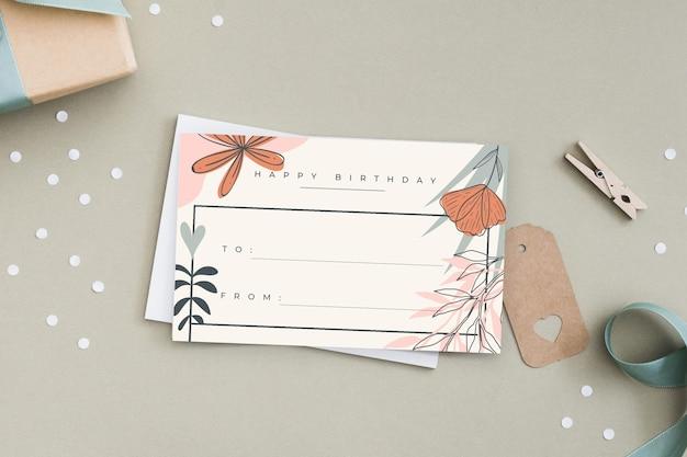 Plantilla editorial de etiqueta de tarjeta de regalo